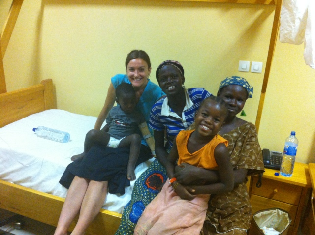 Leon with the patients who came to visit him.